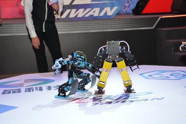 萬眾期待機器人競賽要來台舉辦囉! 1月25日將在TGS電競星光大道展開ROBO-ONE TAIWAN機器人表演賽,為5月份國際賽事進行暖身。